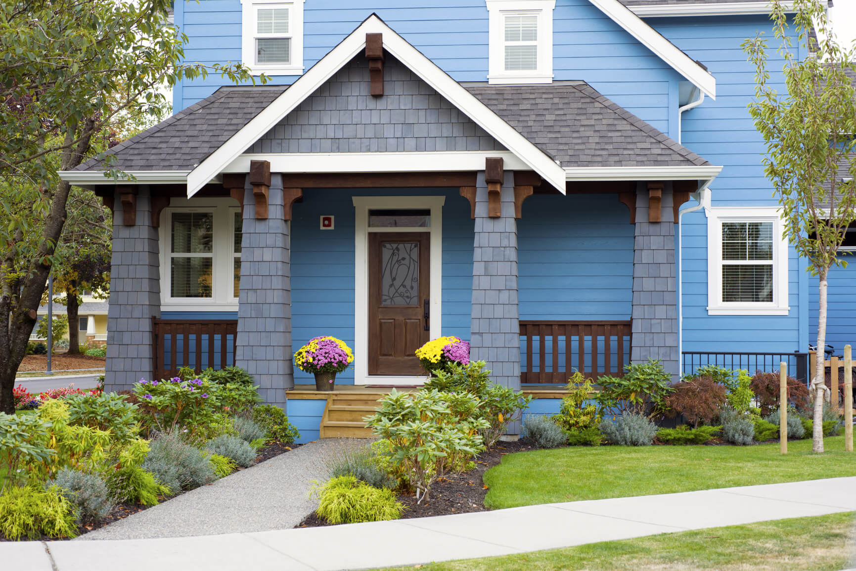Great Ideas For Boosting Your New Home S Curb Appeal
